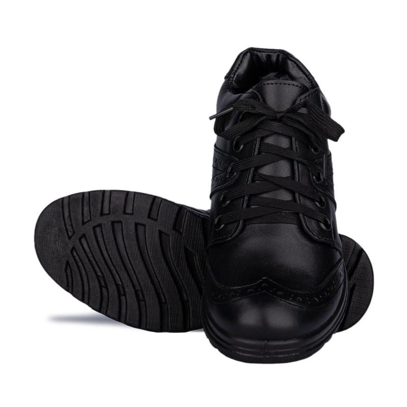 Ботинки M09
